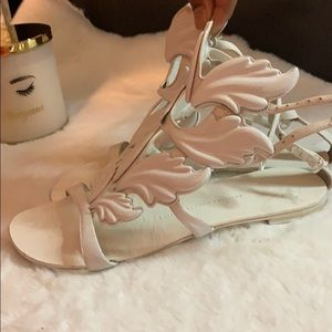 Used Giuseppe Sandals
